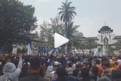 Aksi Bandung Melawan Part 1 Ribuan Bobotoh, Ini 5 Tuntutan untuk PSSI