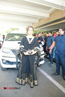 Bollywood Actress Sana Khan Launches Aakrithi Exibition  0210.JPG