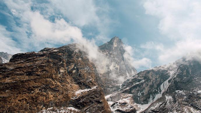 Wallpaper: To Highest Peaks
