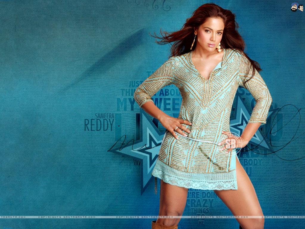 hot actress wallpaper
