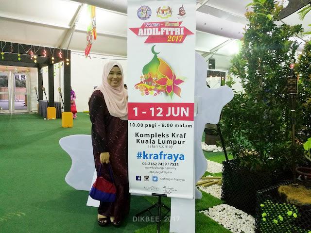 Jualan Hari Raya Di Kompleks Kraf Kuala Lumpur