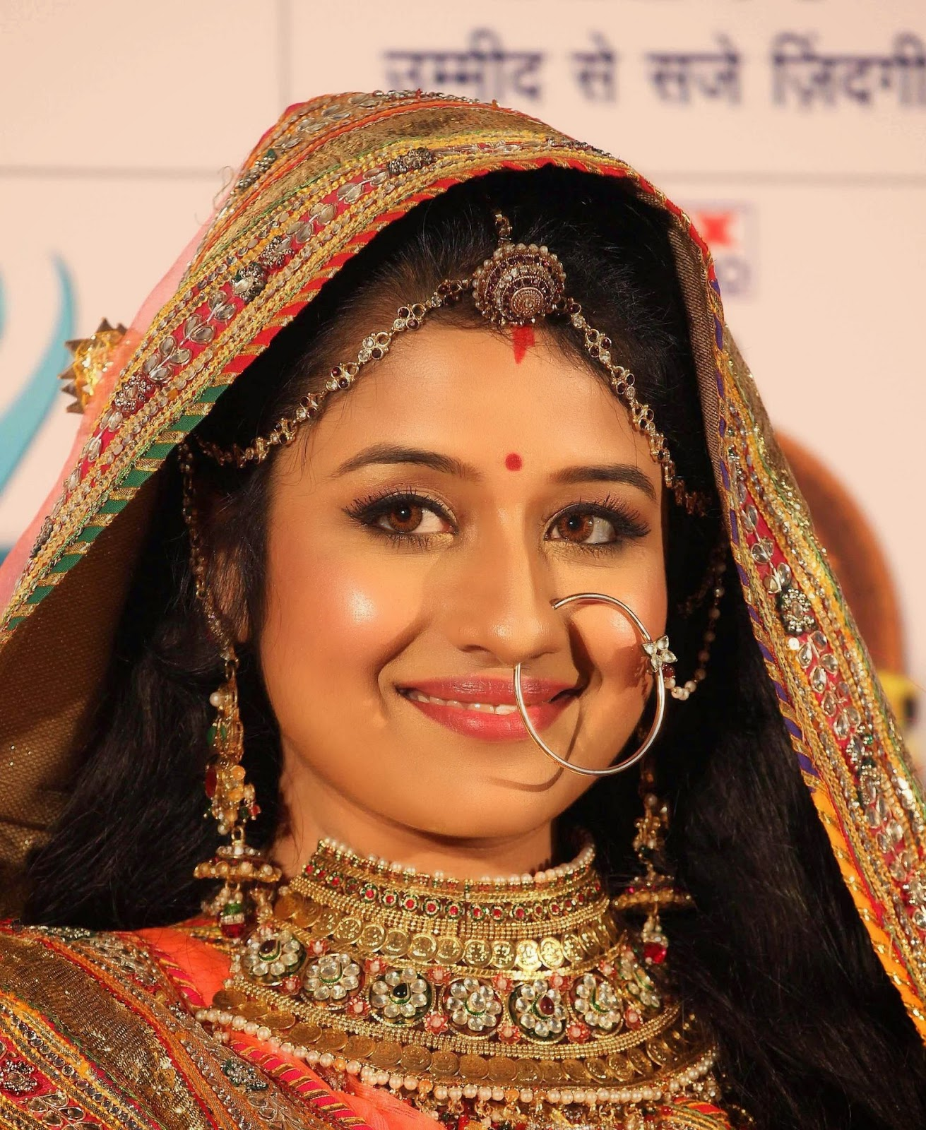 Paridhi Sharma Hot Latest Full HD Images Pics Photoshoots
