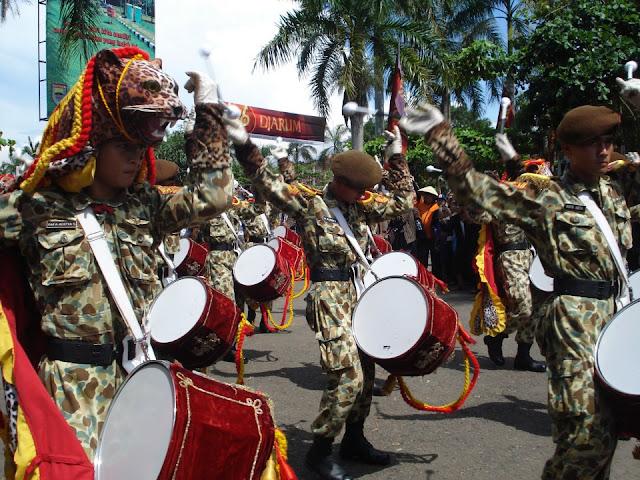 Atraksi Drum Band Pasukan Militer Kab Batang