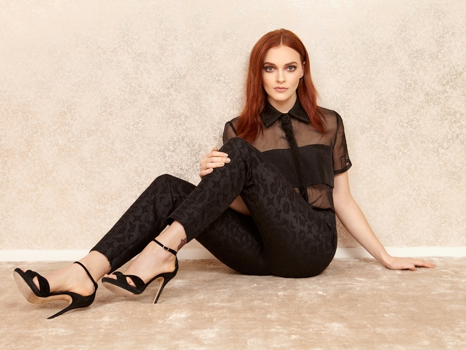 madeline brewer wallpaper redhead