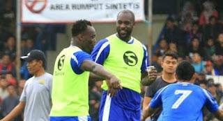 Essien dan Cole Dinilai Sulit Bawa Persib Bandung Juara Liga 1