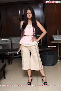 nilofer haidry saloni jain collection15.jpg