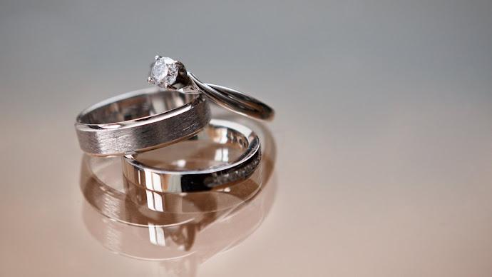 Wallpaper: Diamond Rings