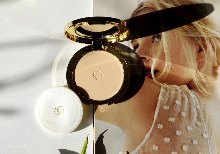 Oriflame Puder prasowany Giordani Gold Jewel Light