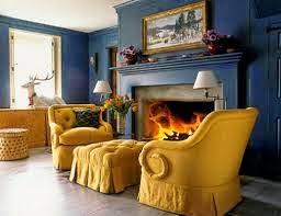 sala en amarillo ocre