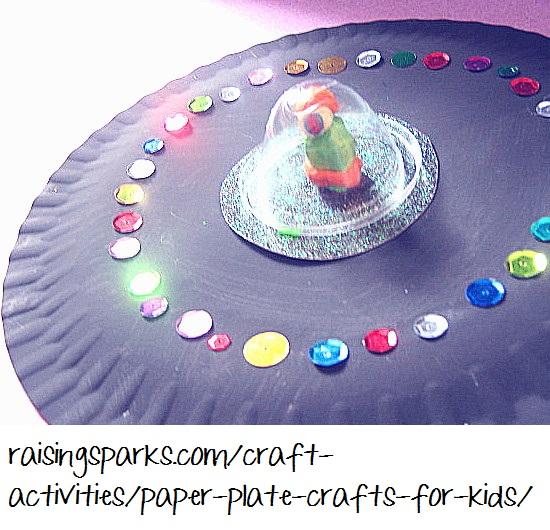 Astronaut arts crafts preschoolers