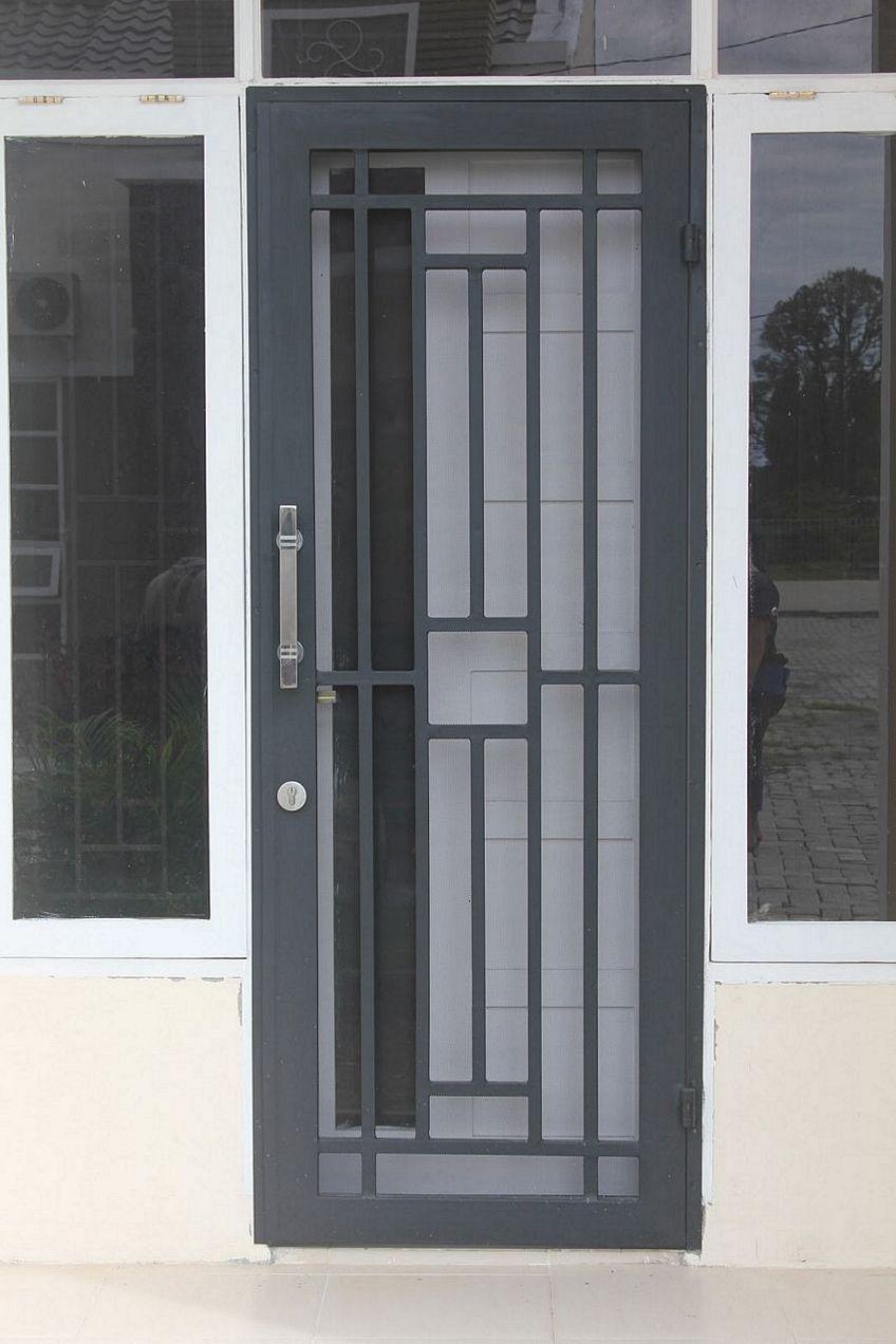 pintu besi minimalis 2