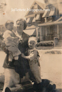 John Jr and Bob/Bobbie/Barbie Richmond Hill, NY 1920 http://jollettetc.blogspot.com