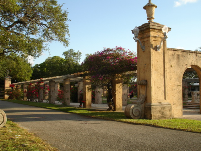 International Villages en Coral Gables