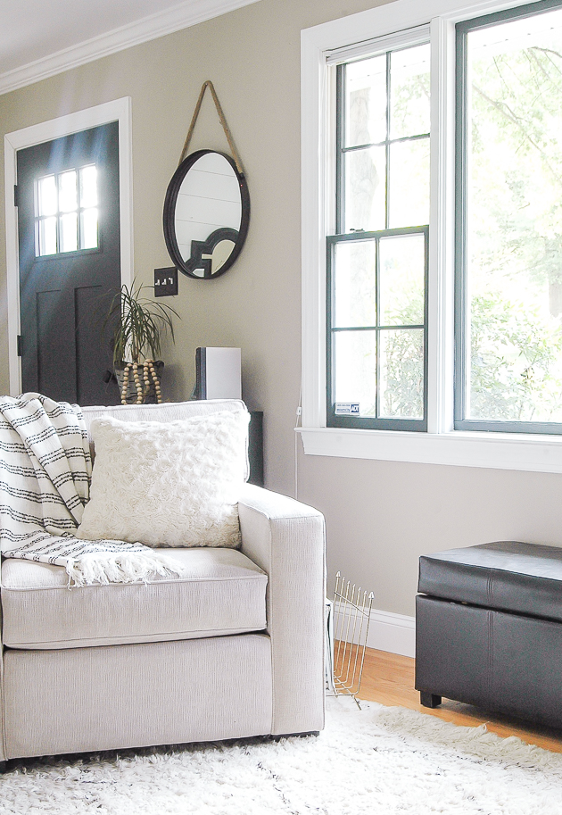 3 reasons to go bold and paint your windows dark