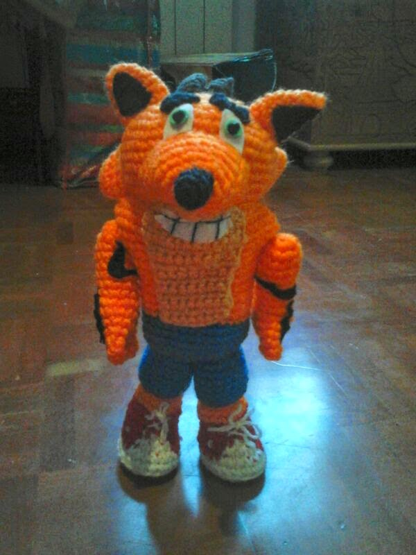 amigurumi crash bandicoot