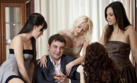 Tips Agar Disukai Banyak Wanita