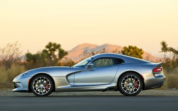 Wallpaper: Dodge Viper SRT 2015