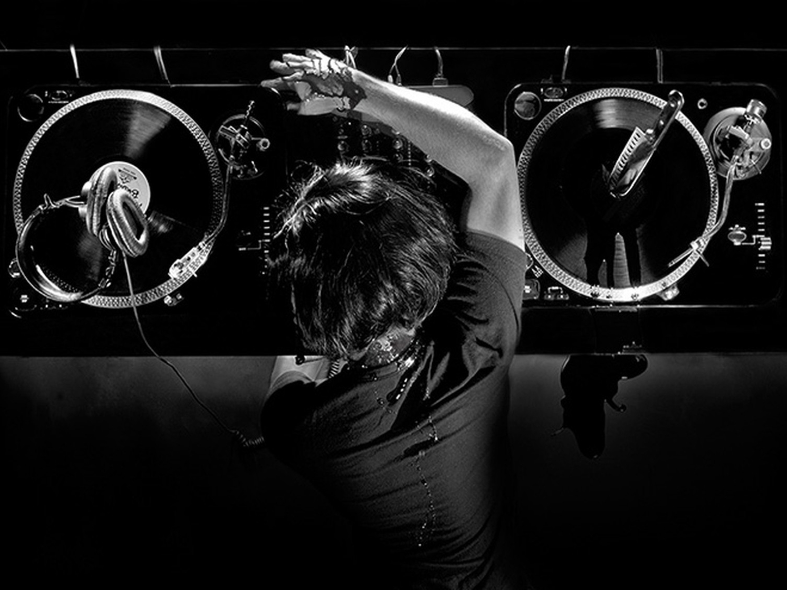 Techmusic-pump: Electronic Music Wallpapers 2