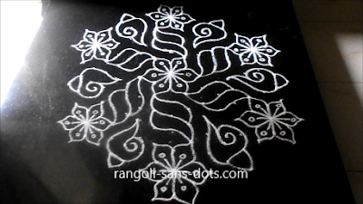 New-Year-or-Pongal-kolam-2912ai.jpg
