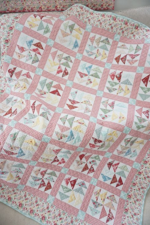 Woodland Rose Quilt - Free Pattern