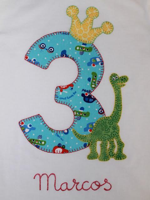 camiseta cumpleaños 3 años dinosaurio
