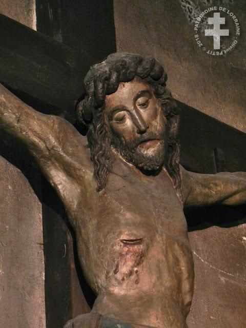 EPINAL (88) - Christ en croix (XVIIe siècle)