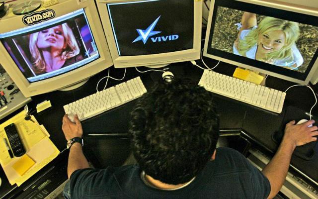 Συνελήφθη 45χρονος από το Μπαγκλαντές για παιδική πορνογραφία