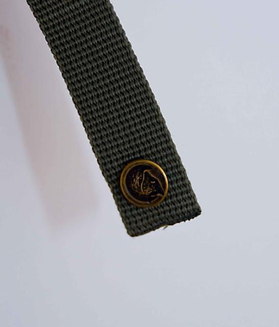 zatrzaski plecak Kanken jak wygląda w oryginalnych produktach