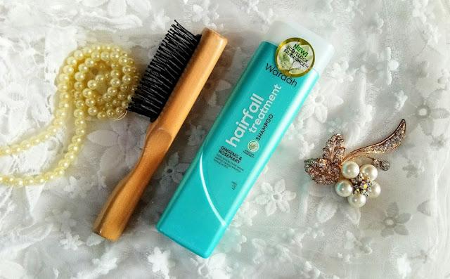 Manfaat Menyisir Rambut dan Wardah Shampoo dari www.astinastanti.com