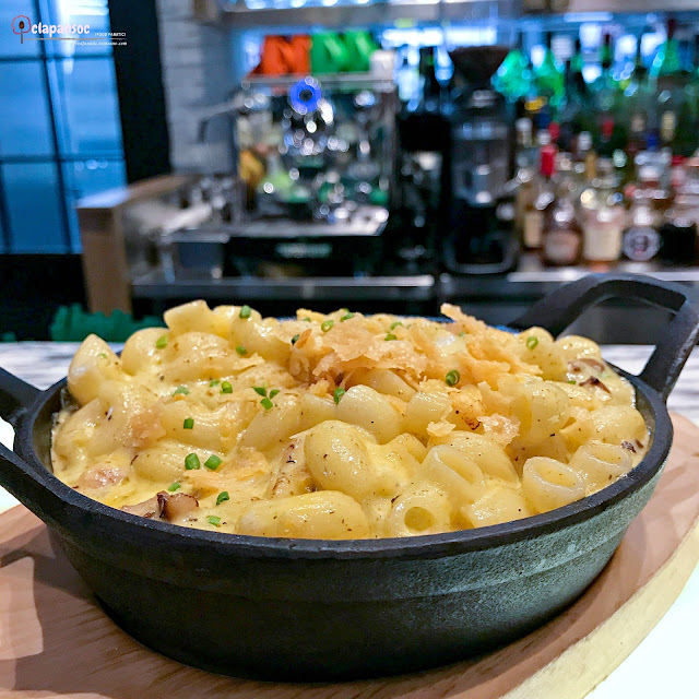 Truffle Mac and Cheese from Grind Bistro