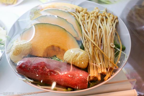 台中南區|山上の蔬食野菜選物火鍋|天然有機蔬菜自由搭配|中興大學旁