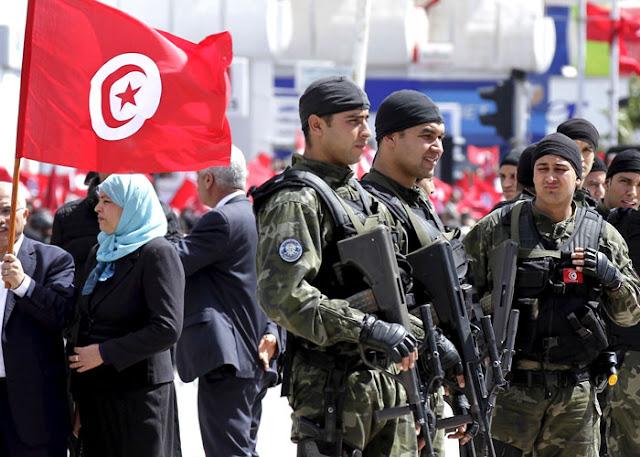 تونس تواجه خطر تسلل عناصر داعش وتدفق الاسلحة إلى حدودها المشتركة مع ليبيا