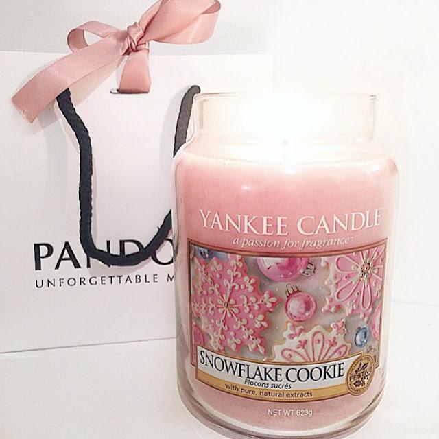 yankee candle snowflake cookie