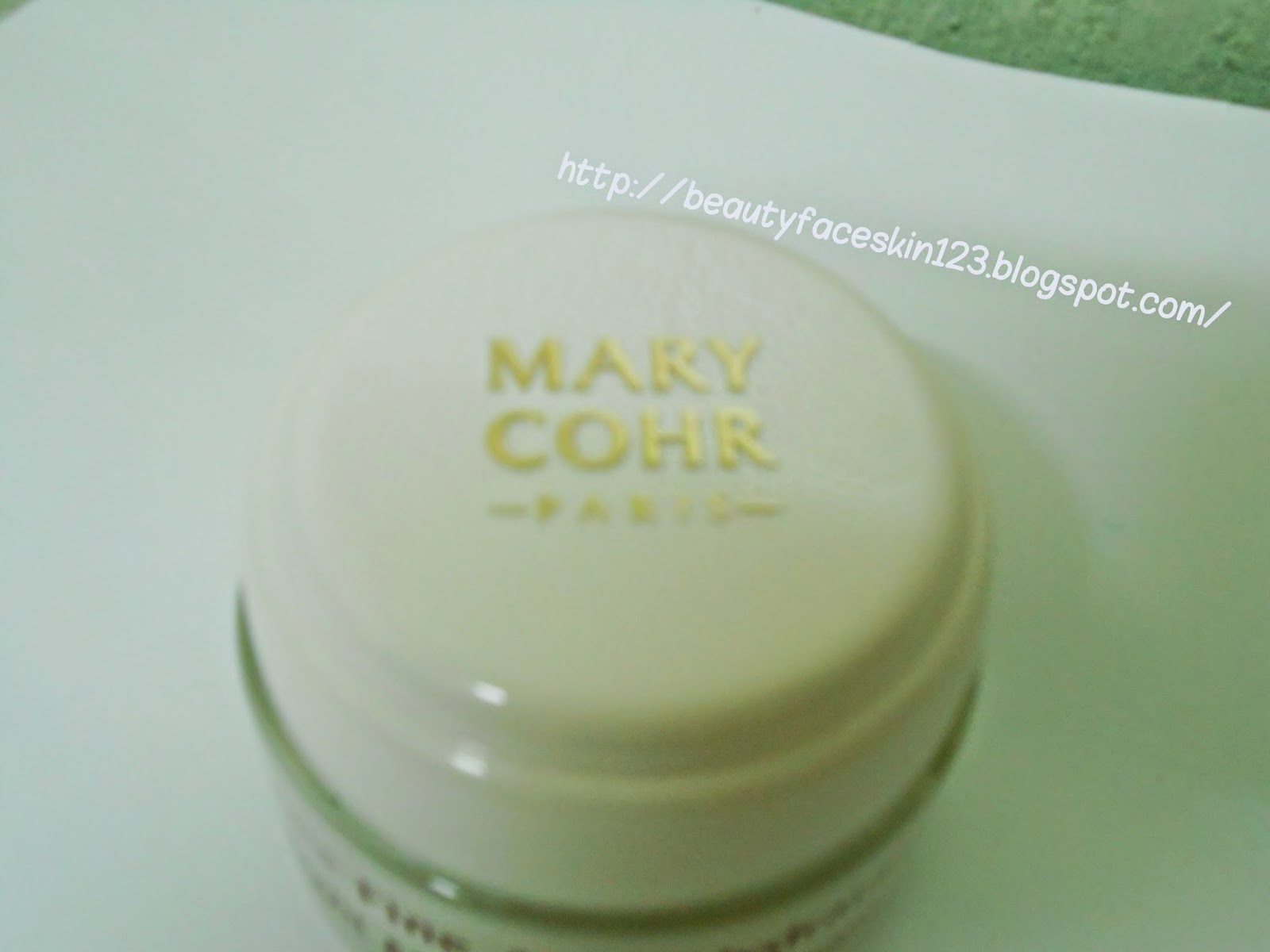 MARY COHR LIGHT MOISTURISING CREAM