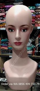 Patung Manekin Kepala Wanita