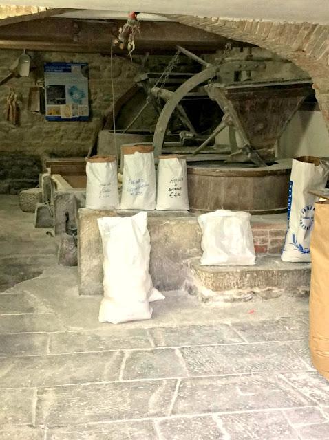 farina macinata a pietra