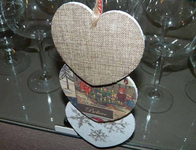 guirnalda-corazones-corcho