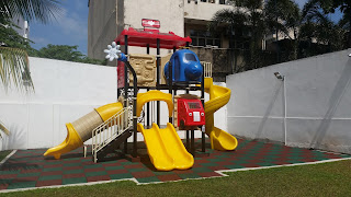 Play gym for kids at The Sandwich Factory on Palm Grove