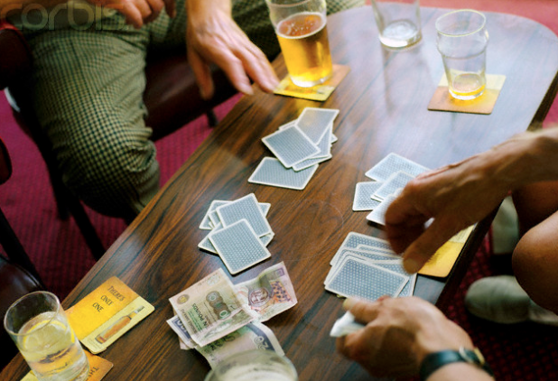 Card Games To Play With Friends and Family