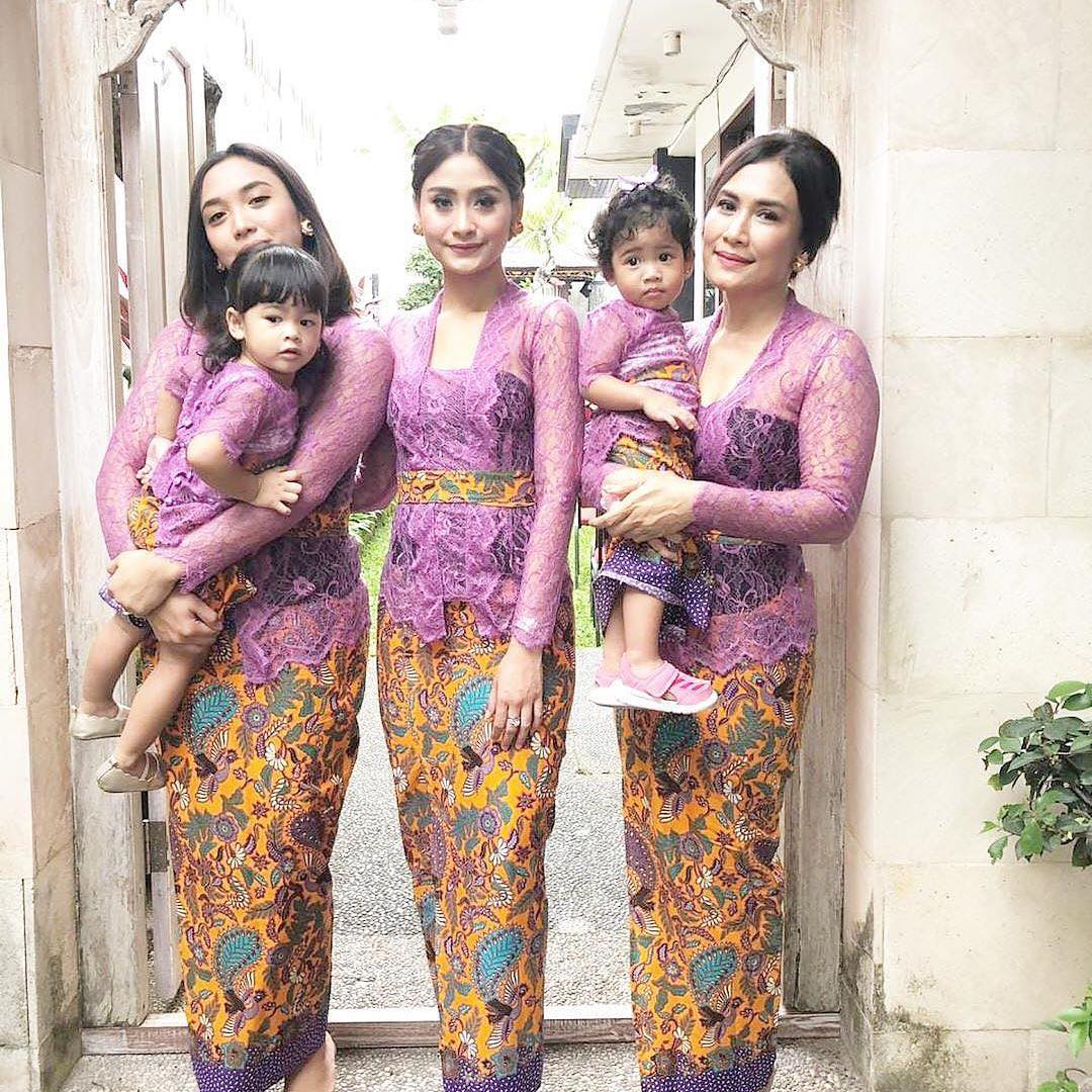 70 Model Kebaya Bali Modern 2019 Lengan Panjang Pendek Kombinasi