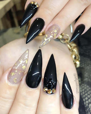 Uñas negras de moda