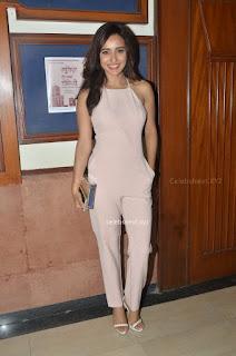 Smiling Beauty Neha Sharma ~ .Xyz Gallery Pics