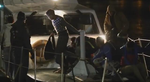 Trece posibles menores inmigrantes llega a Gran Canaria en una patera