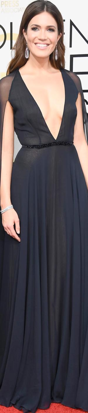 Mandy Moore 2017 Golden Globes
