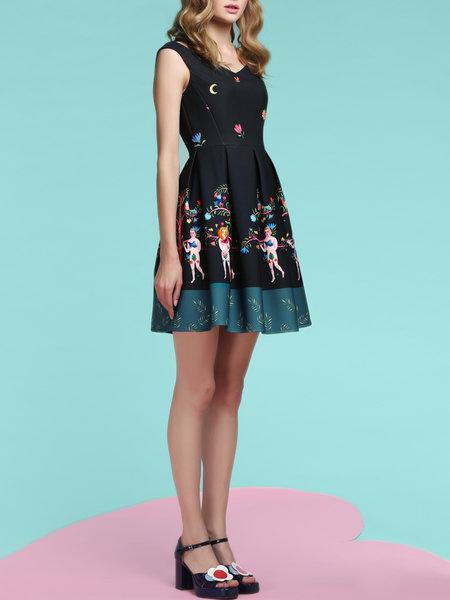 Black V-Neck Graphic sleeveless mini dress from Jungle Me