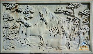 Relief batu alam paras jogja (Batu putih) gambar rusa / menjangan