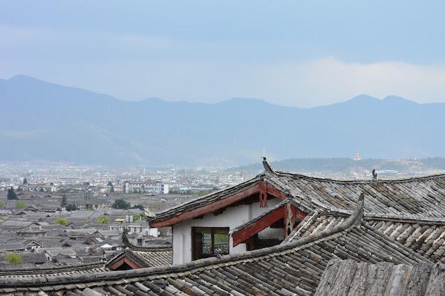 Les toits de la vieille ville de Lijiang