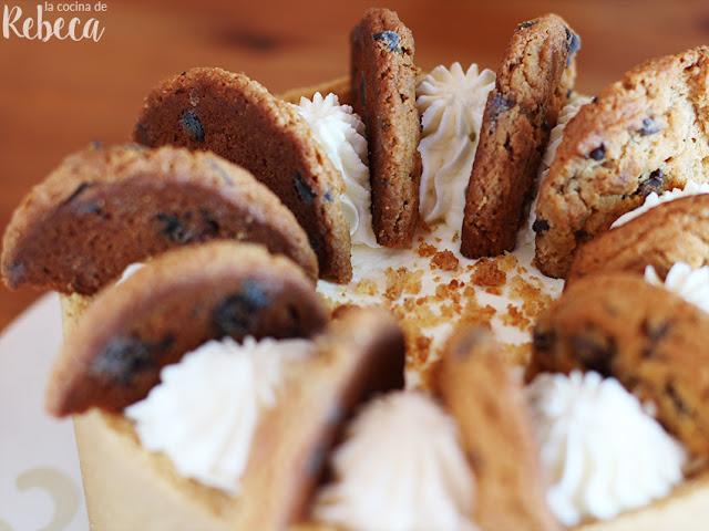 Tarta de cookies con nata