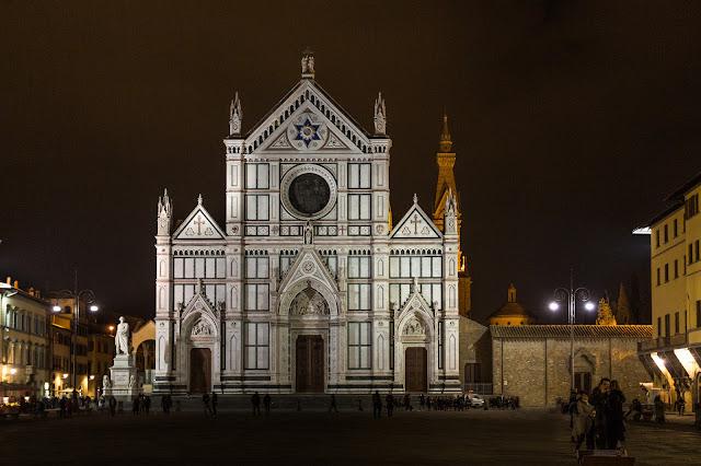Iglesia de la Santa Croce :: Canon EOS5D MkIII | ISO800 | Canon 17-40@36mm | f/4.0 | 1/13s