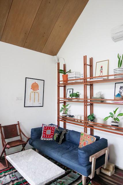 ruangan indoor halojae